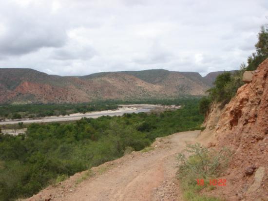 Eastern Cape, แอฟริกาใต้: A narrow turn ahead