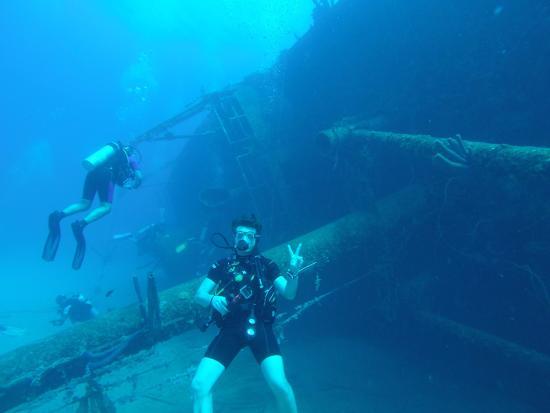 Buddy Dive: buceo hilma hooker