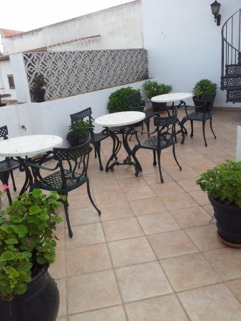 Hotel Los Olivos: Patio de arriba