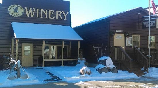 Cobblestone Inn and Suites Marquette, IA/Prairie Du Chien: Excellent Winery
