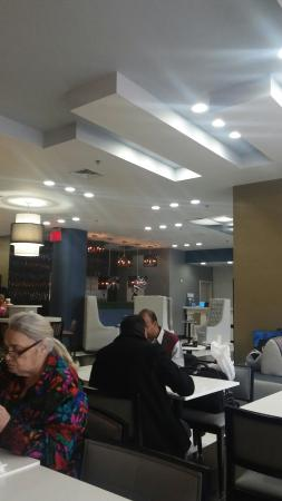 Fairfield Inn & Suites New York Long Island City/Queensboro Bridge: 20160117_090004_large.jpg