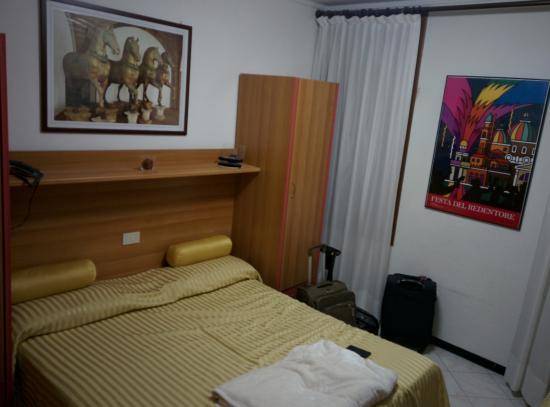 Albergo Marin: Rooms are very plain
