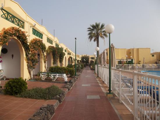 Castillo Mar: Grounds