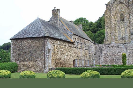 Hambye, Frankreich: Edifici conventuali