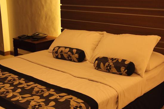 Jupiter Suites: Deluxe Room