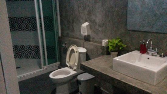 Saphaipae Hostel: Deluxe Room