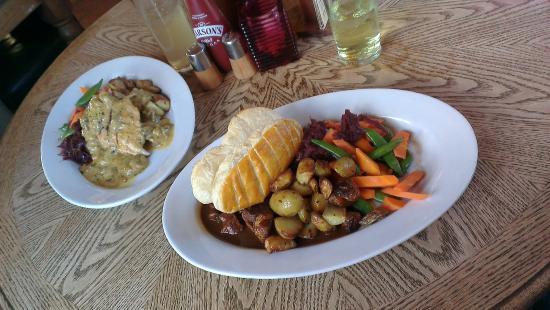 Mere, UK: Food