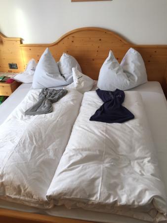Hotel Alpenroyal: Ogni giorno così o con piumino a cuore