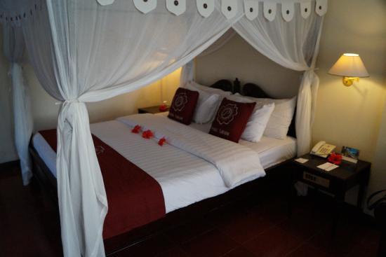 Puri Saron Hotel Baruna Beach Cottages Bali: Chambre