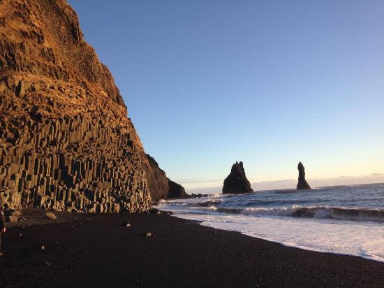 Black Sand Beach: Plage sable noir