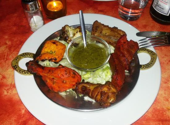 Vari piatti misti del menu fisso picture of dawat for Milan indian restaurant