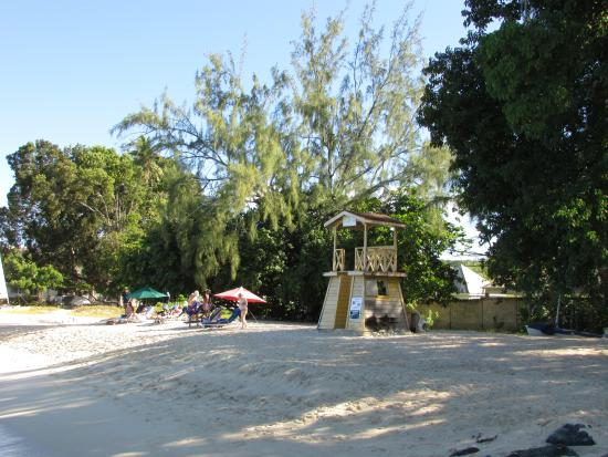 Holetown, Barbados: beach