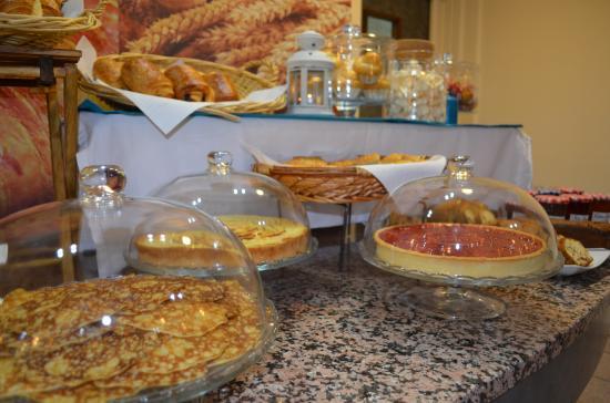 BEST WESTERN Saphir Lyon: Petit Déjeuner Buffet
