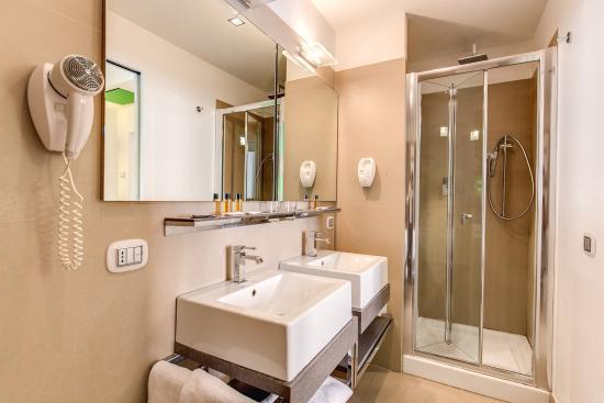 Residenza Borghese: Bathroom