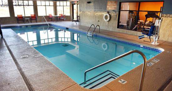 Fairburn, GA: Indoor heated Pool
