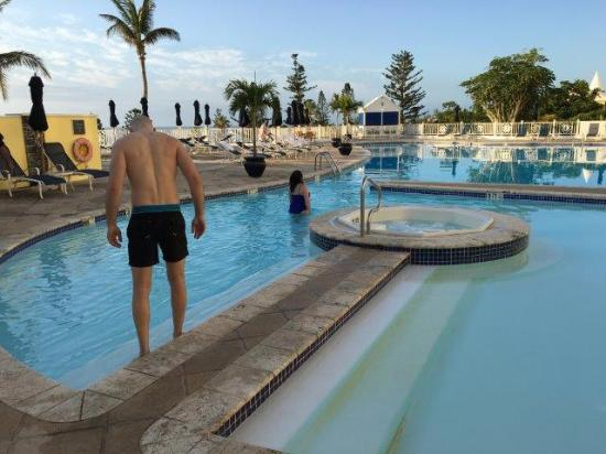 Elbow Beach Bermuda Heated Pool Hot Tub