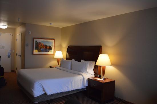 Hilton Garden Inn Albuquerque Uptown: Bed