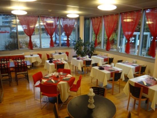 Le Grand Saconnex, Svizzera: Salle du restaurant