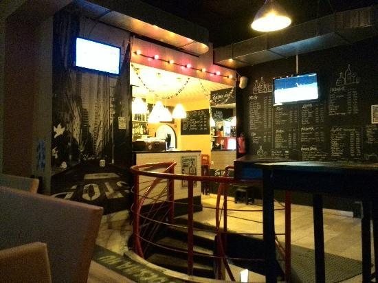 Sark Bar