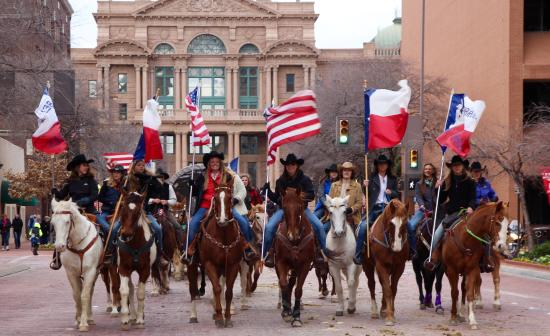 ‪‪Benbrook‬, تكساس: Benbrook Stables participation in Fort Worth Stock Show Parade‬