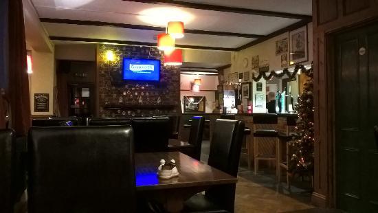 Heytesbury, UK: The bar area