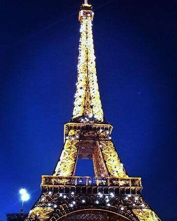 eiffel tower torre eiffel