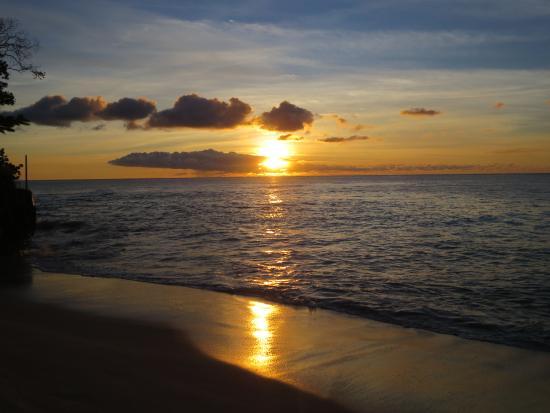 Weston, Barbados: Sunset at Reeds bay