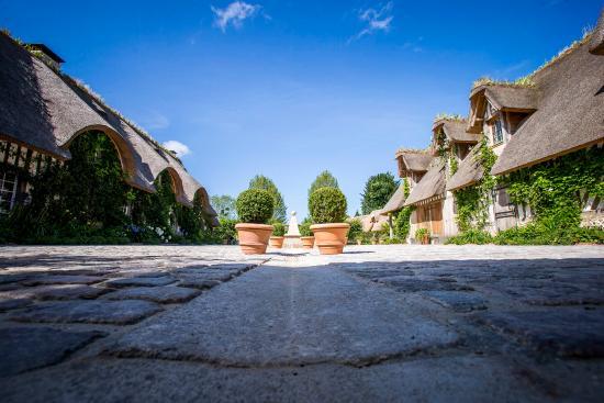 Ablon, Francja: La cours intérieure