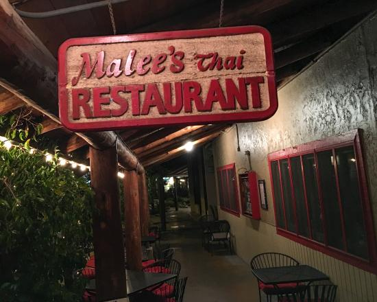 Malee's Thai Bistro : The entrance and sign