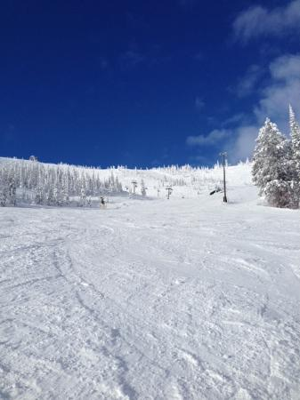 "Schweitzer Mountain Resort Lodging: A  Perfect ""Blue Bird"" Day at Schweitzer"