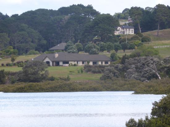 North Shore City, Yeni Zelanda: View from across valley