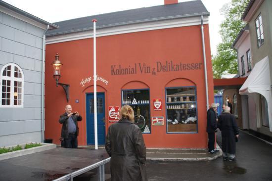 Postgården - Billede af Korsbæk på Bakken, Klampenborg - TripAdvisor