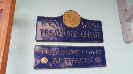 Key West Treasure Chest: Store Sign