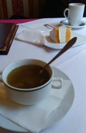 Cafe Zartl: una zuppa ed un dolce