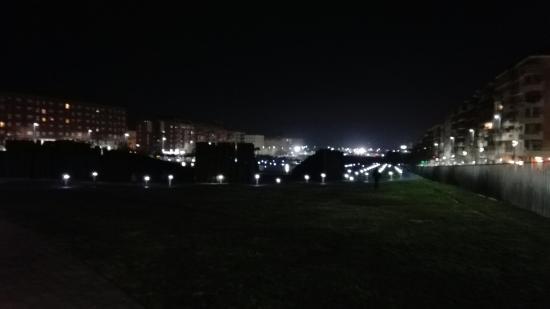 Parque del Bulevar: IMG_20160119_195723_large.jpg