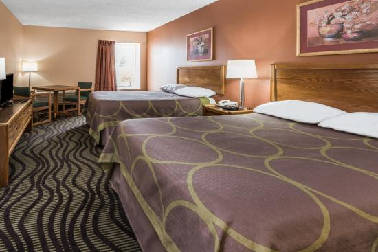 Super 8 Batavia E of Darien Lake Theme Park: Standard Double Room