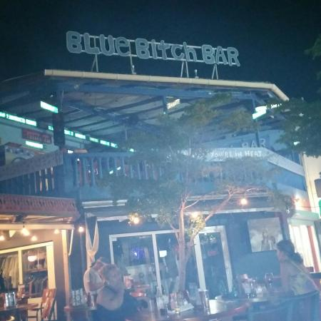 Cupecoy Bay, St-Martin/St Maarten : Blue something Bar. Nice name,  lol