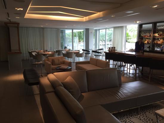 hotel lobby bar restaurant and general seating picture of hyatt rh tripadvisor com