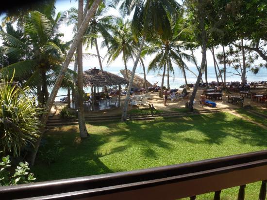 Sri Gemunu Beach Resort Resmi
