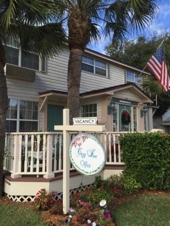 The Cozy Inn: photo0.jpg