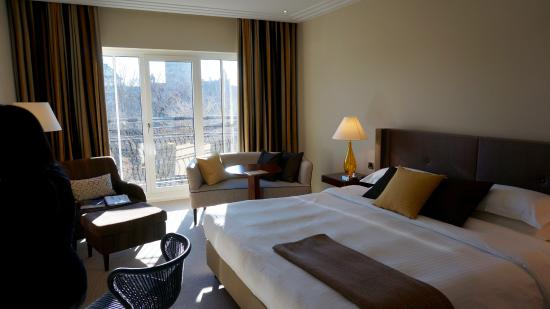 The Charles Hotel: Spacious Room - Park view