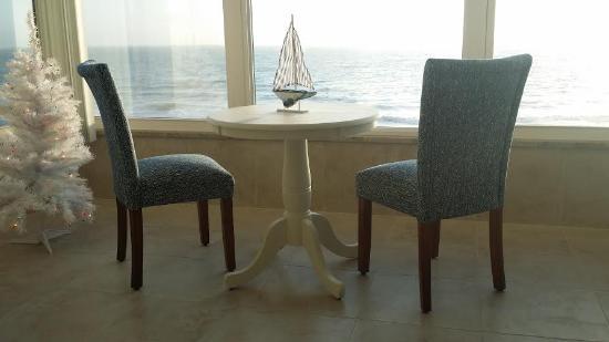 Madeira Vista Condominiums: Breathtaking!