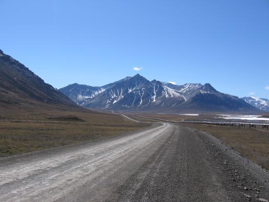 Northern Alaska Tour Company: Northern Brooks Mountain Range and the Dalton Highway
