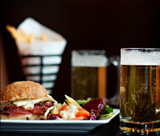 Sisters, Oregón: NW style pub menu