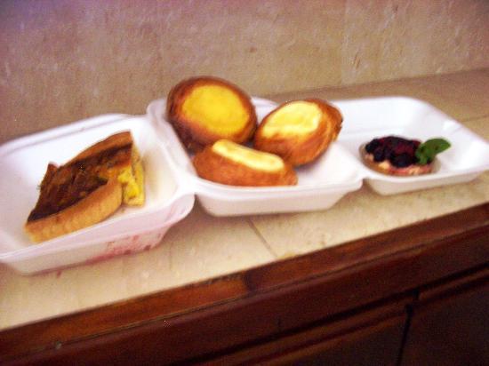 South Hill, Anguilla: Quiche, Danish, Fruit Pie