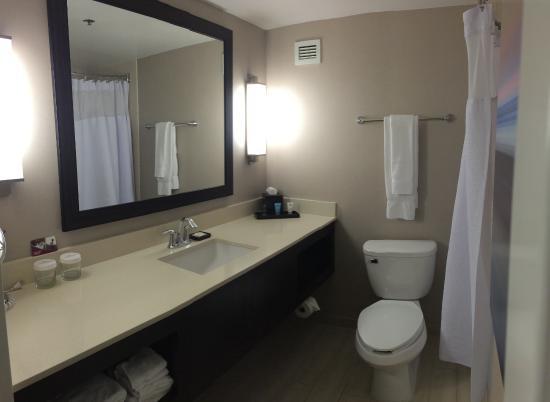 Milpitas, CA: good shower nozzle