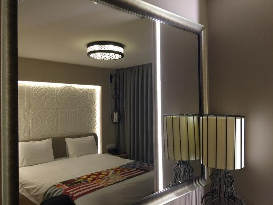 View of the room aybar hotel stanbul resmi tripadvisor for Aybar hotel