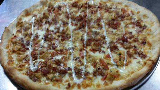 Port Jervis, NY: Ranchero...Grilled chicken, diced tomatoes & bacon cooked in a homemade ranch style dressing