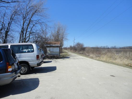 Fond du Lac, WI: Parking on Mascoutin Trail on Rolling Meadows