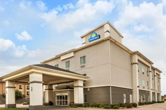 Days Inn & Suites Mineral Wells: Entrance